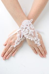 Girls White Pearl Adorned Lace Fingerless Communion Flower Girl Gloves