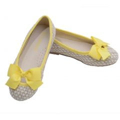L'Amour Little Big Girls Yellow Faux Straw Bow Fashion Flats 11-4 Kids