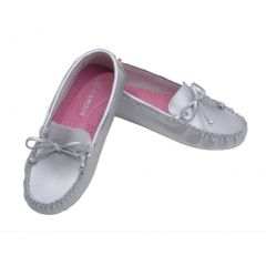 L'Amour Toddler Girls Silver Bow Leather Moccasin 7-10 Toddler