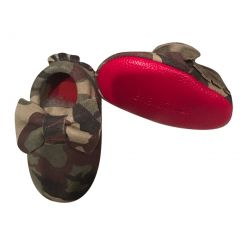 Baby Girls Camo Red Soft Sole Exotic Bow Accent Suede Crib Shoes 3-18M